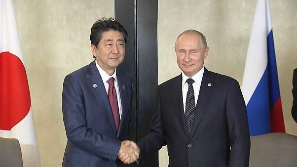 Путин: Абэ согласился вернуться к декларации 1956 г.