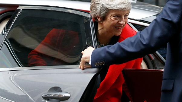 Un diputado euroescéptico pide una moción de confianza a May