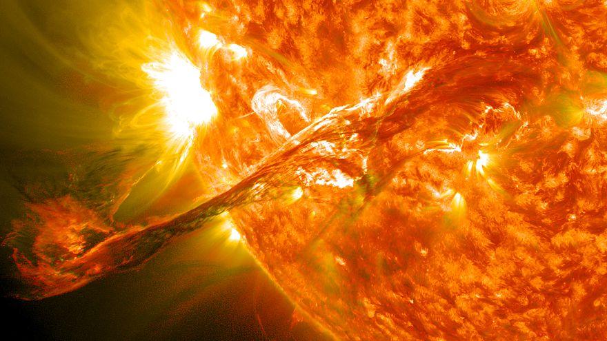 """الصين تبتكر """"شمسا اصطناعية نظيفة"""" تفوق حرارتها حرارة الشمس بست مرات"""