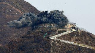 شاهد: كوريا الجنوبية تدمر نقطة مراقبة عسكرية تطل على كوريا الشمالية