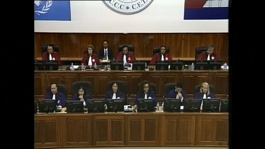 Dos ex jemeres rojos condenados por genocidio y crímenes contra la Humanidad