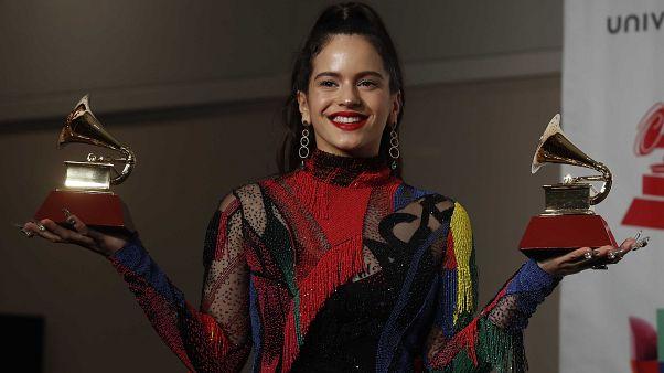 Rosalía gana dos Latin Grammy con 'Malamente'