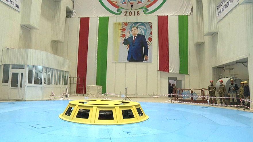 В Таджикистане запускают самую высокую ГЭС в мире