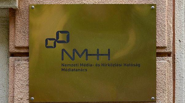 Megszűnik két népszerű rádió Magyarországon