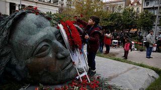 Πολυτεχνείο: Πολίτες τιμούν την εξέγερση των φοιτητών - 5000 αστυνομικοί στους δρόμους