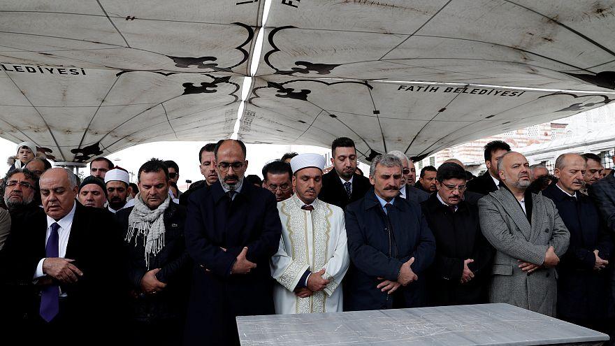 جنازة جمال خاشقجي: إقامة صلاة الغائب على روح الصحفي المغدور