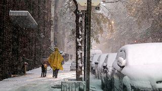 Leesett az idei első hó New Yorkban