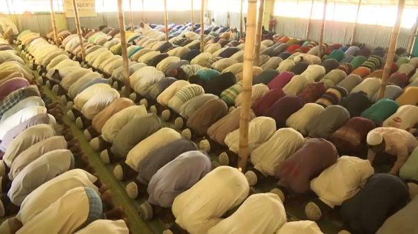 مسلمو الروهينغا يطالبون ميانمار بتقديم ضمانات لحمايتهم قبل بدء خطة العودة