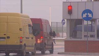 Ideiglenesen visszaállítják az ellenőrzést a lengyel határon