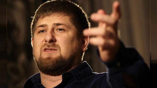4000 Liegestützen: Kadyrow schenkt 5-Jährigem einen Mercedes