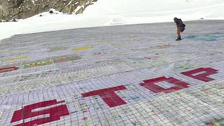 Suisse : une carte postale géante pour alerter sur le réchauffement climatique