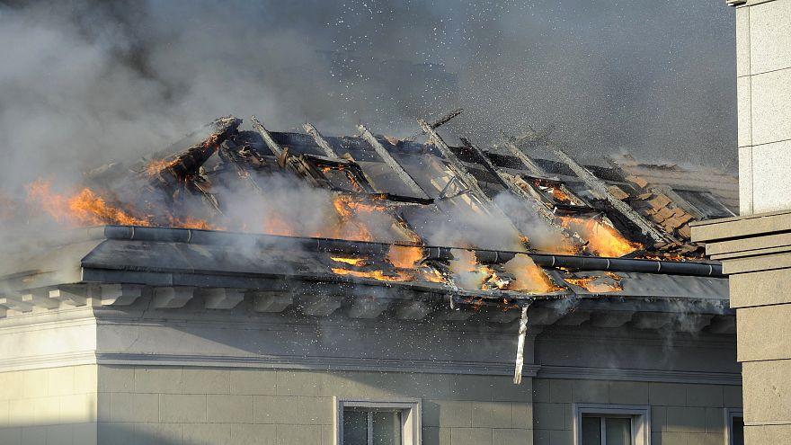 Kiégett a Demokratikus Koalíció irodája Terézvárosban
