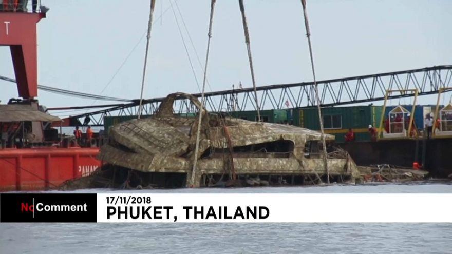 Strage di turisti, recuperata la barca