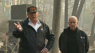 Trump besucht Katastrophengebiet