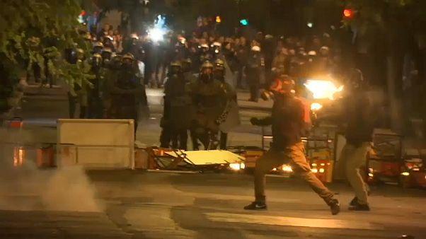 Grecia: anniversario rivolta '73, scontri polizia-anarchici