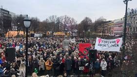 Norwegians protest against restricting abortion as PM tries to cling to power