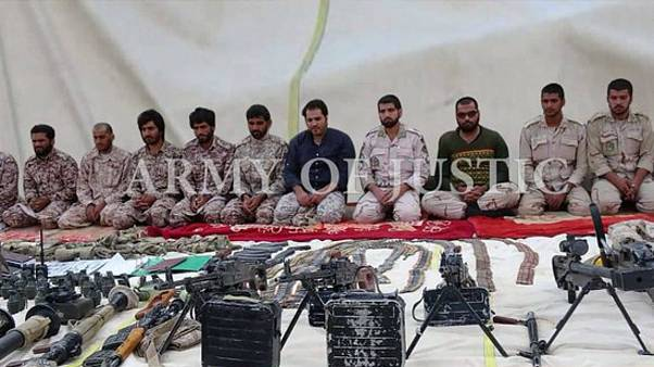 تصویری که گروه جیش العدل از گروگانهای ایرانی منتشر کرده است