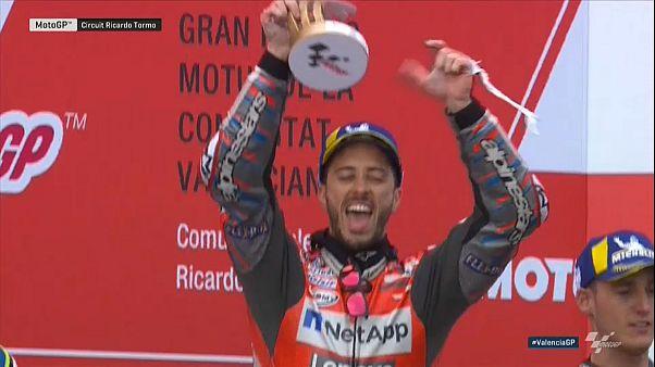 Moto GP in Valencia: Reihenweise Regenstürze