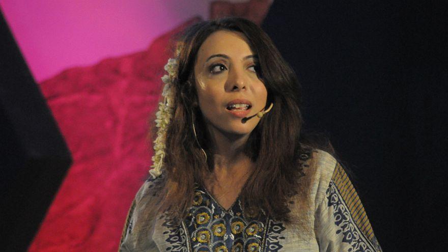 هند الإرياني ناشطة وصحفية هربت من اليمن وتواجه الترحيل في السويد