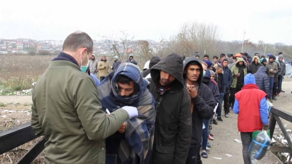 Bosnien: Wintereinbruch macht Migranten zu schaffen