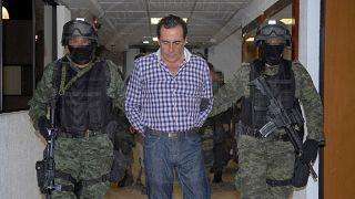 وفاة أحد أكبر زعماء تجارة المخدرات داخل محبسه في المكسيك