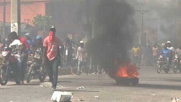 La corrupción política saca a miles de haitianos a las calles