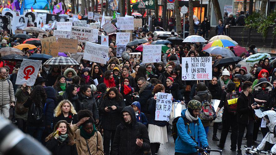 فراخوان راهپیمایی سراسری در فرانسه در اعتراض به خشونت و تبعیض علیه زنان