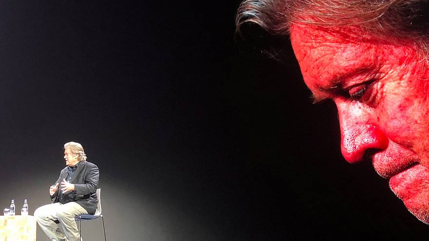 Steve Bannon előadása Edinburgh-ben november 14-én