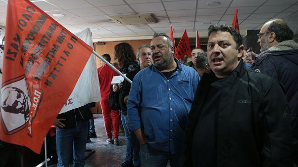 Εισβολή-διαμαρτυρία της ΠΟΕ-ΟΤΑ στο υπουργείο Εργασίας