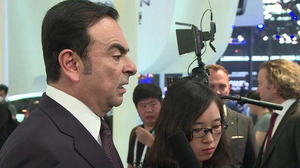 Renault-Nissan CEO'su Carlos Ghosn vergi kaçırmak suçundan Japonya'da tutuklandı