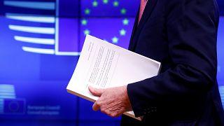 27 ülkenin AB bakanları Brexit anlaşmasına yeşil ışık yaktı