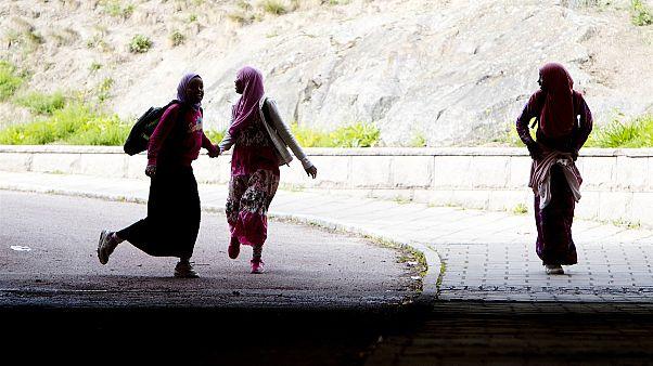 السويد تنضم للدول الأوروبية الساعية لمنع زواج القاصرين