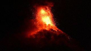 Guatemala'da Fuego Yanardağı tekrar faaliyete geçti