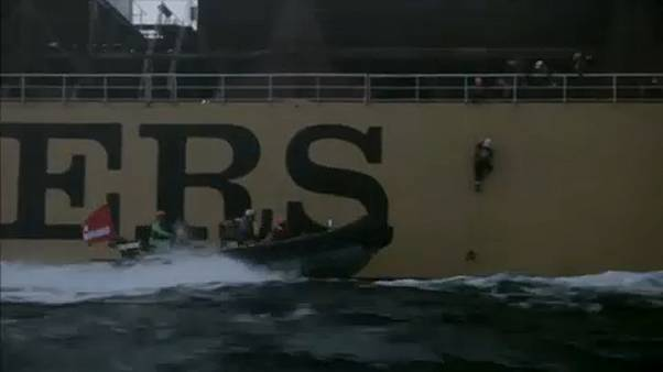 Greenpeace: Έφοδος ακτιβιστών σε τάνκερ που μετέφερε φοινικέλαιο