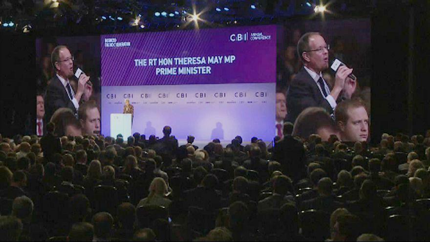 Üzletemberek vonták kérdőre Theresa May-t
