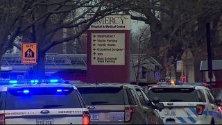 Τέσσερις νεκροί από πυρά ενόπλου σε νοσοκομείο στο Σικάγο