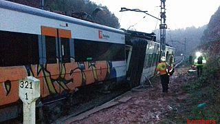 خروج قطار از ریل در نزدیکی بارسلون ۱ کشته و ۶ زخمی برجا گذاشت
