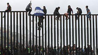Trump non può limitare il diritto d'asilo. Un giudice blocca il suo decreto