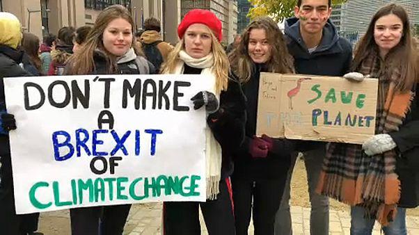 Diákok tüntettek a klímaváltozás miatt