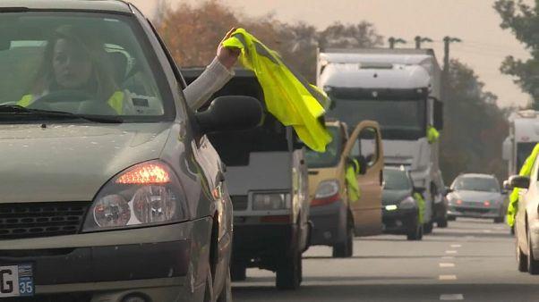 """Стойкие """"жёлтые жилеты"""": протесты перерастают в погромы"""