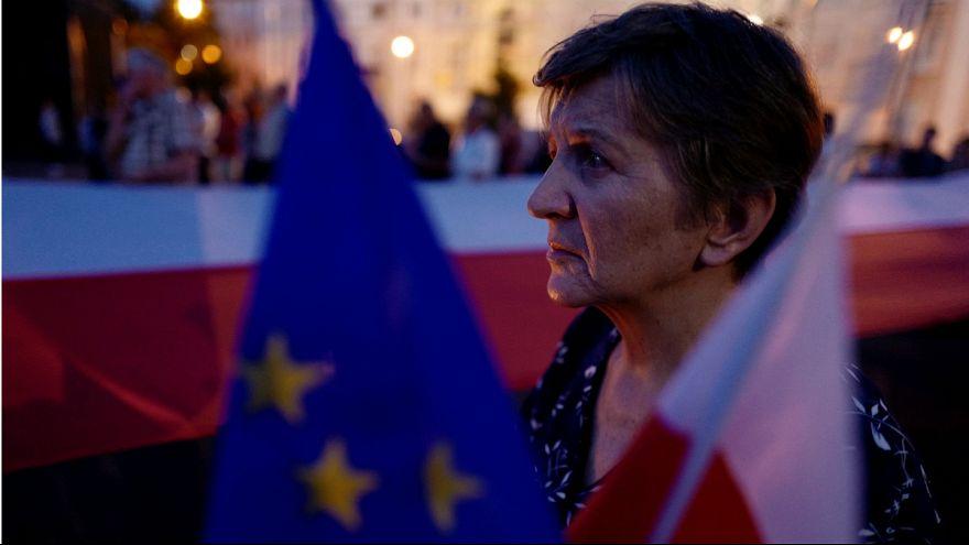 Reforma judicial polaca afinal não deverá avançar devido a Bruxelas