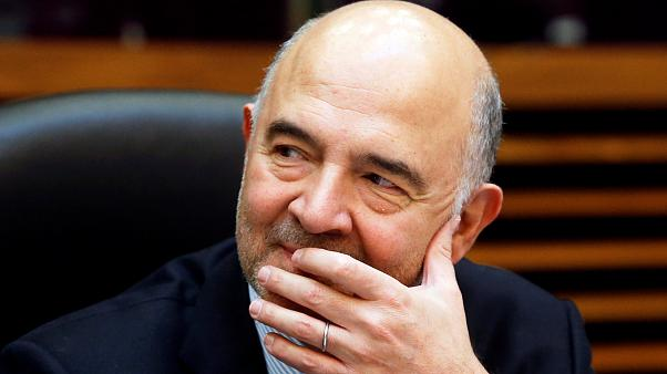 Bruselas aboga por abrir el procedimiento de déficit excesivo a Italia