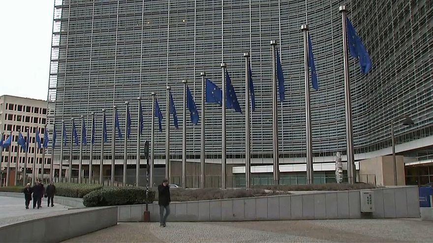 Brüssel lehnt Italiens Haushaltsplan ab - Schuldenregel verletzt