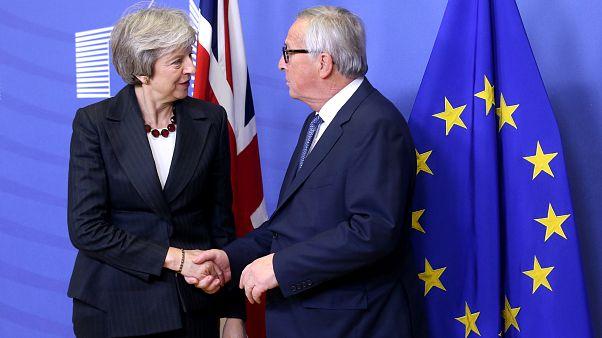 Brexit konulu AB Liderler Zirvesi öncesi May ile Juncker görüşmesi