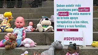 Kolombiya'da çocuk istismarına oyuncaklı tepki