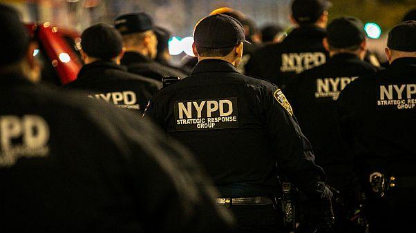 """نيويورك: اتهام ضابطي شرطة بدس """"الماريجوانا"""" في سيارة مراهقين سود"""