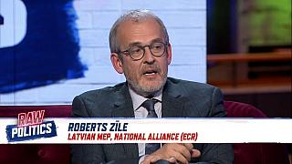 Italy budget: 'EC would be softer if Rome had mainstream government' | Raw Politics