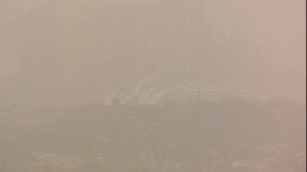 Ungesunder 500 km Sandsturm über Sydney