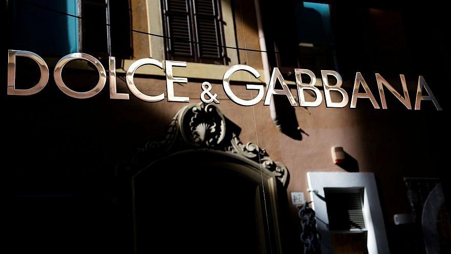 Dolce & Gabbana ırkçılık tartışmaları nedeniyle Şangay defilesini erteledi