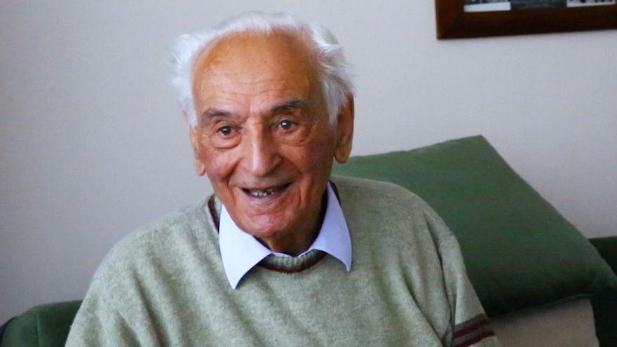 VİDEO | 92 yaşındaki emekli öğretmen Sait hoca: Eğitim sistemimizi beğenmiyorum